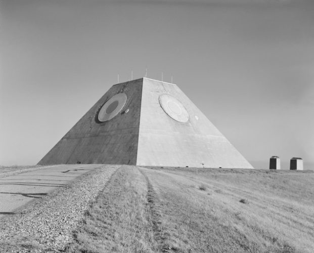 mystery pyramid A Pyramid in the Middle of Nowhere Built To Track the End of the World, end of the world pyramid in Nirth Dakota, phot, photo of strange pyramids in usa, us strange pyramids images, alien pyramid at Stanley R. Mickelsen Safeguard Complex in Cavalier County, mystery pyramid at Stanley R. Mickelsen Safeguard Complex in Cavalier County, pyramid at Stanley R. Mickelsen Safeguard Complex in Cavalier County. Photo: US army, The Stanley R. Mickelsen Safeguard Complex was the United States' first operational ABM (anti-ballistic missile) defense system, strange army places in usa, strange places in North dakota: pyramid at Stanley R. Mickelsen Safeguard Complex in Cavalier County,