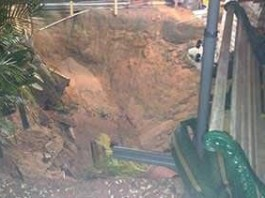 sinkhole, sinkhole formation, sinkhole Newcastle may 2014, sinkhole opens up in newcastle on May 27 2014, new sinkhole almost swallows houses in Newcastle australia may 27 2014, sinkhole apocalypse may 27 2014 in Newcastle australia, newcastle australia sinkhole news may 27 2014, sinkhole NSW may 2014, huge sinkhole australia may 2014, sinkhole NSW may 27 2014, Huge sinkhole opens up in Newcastle Australia NSW May 28 2014. Photo: 7 News