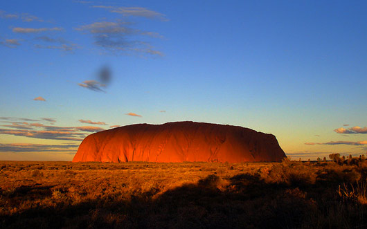 Mysterious Uluru (Ayers Rock) in Australia, visit Mysterious Uluru (Ayers Rock) in Australia, discover Mysterious Uluru (Ayers Rock) in Australia, learn about fables and tales around Mysterious Uluru (Ayers Rock) in Australia, folklore and ancient belief around Mysterious Uluru (Ayers Rock) in Australia, visit Mysterious Uluru (Ayers Rock) in Australia
