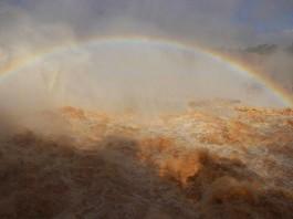 strange weather phenomenon: floods at iguassu falls video june 2014, floods at iguazu falls june 2014 video, Iguazu Falls unexpected floods june 9 2014