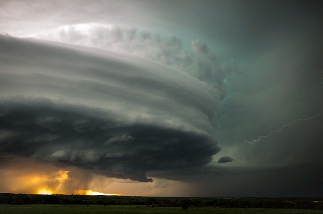 supercell storm video, timelapse video supercell formation, best supercell storm video, storm chaser best video supercell formation, best videos supercell thunderstorm, best timelapse video supercell formation, amazing timelapse video supercell formation, video of supercell, super, Jaw-Dropping Time-Lapse Of A Supercell. Photo: Stephen Locke