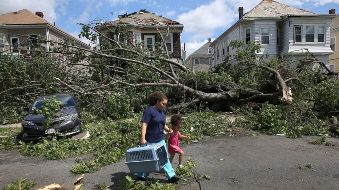 rare tornado revere boston 2014, rare tornado suffolk county boston july 2014, tornado Suffolk county north of Boston in over 64 years, rare tornado boston, rare tornado boston revere, unexpected tornado revere boston july 2014, tornado Rare tornado sweeps across boston county. The first in decades!. Photo: David L. Ryan/The Boston Globe