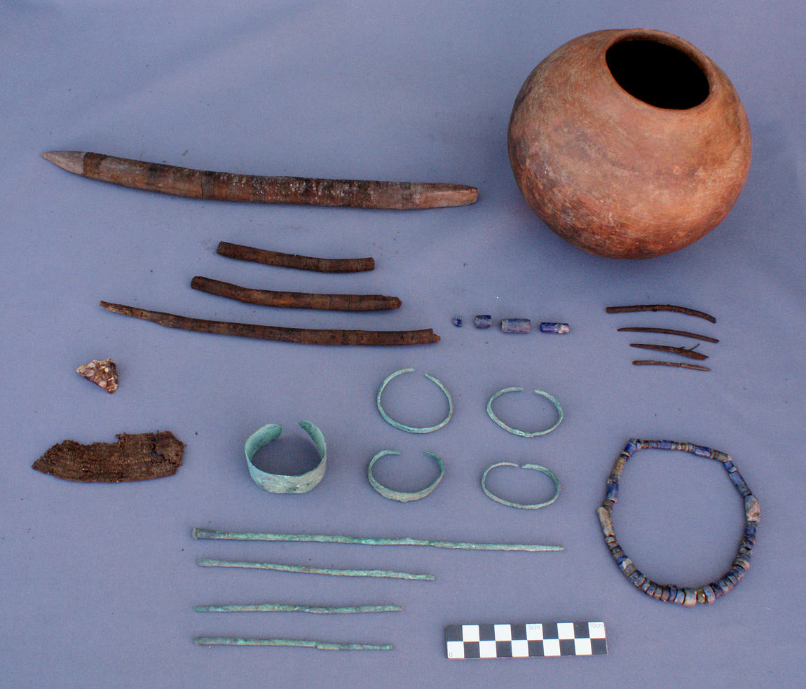 Jewelry found in the tombs and around the 150 mummies of new unknown civilisation in the Atacama desert of Peru. Photo: Project Tambo, 150 mummies from an unknown and ancient civilisation were discovered in Peru. Photo: Project Tambo, Ancient Unknown Culture Discovered in Atacama Desert  july 2014, 150 mummies of unknown civilisation discovered in peru, peru unknown civilisation discovery, archeological discovery: ancient and unknown culture atacama desert july 2014, discovery of 150 mummies of unknown civilisation in peru, peru unknown civilisation discovery july 2014, unknown culture discovered in peru july 2014,  mummy unknown civilisation peru, Ancient Unknown Culture Discovered in Atacama DesertUnknown Civilisation: 150 Mummies Of Ancient Unknown Culture Discovered in Atacama Desert
