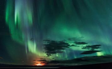 Bardarbunga northern lights, aurora over Bardarbunga, northern lights over Bardarbunga, Glowing Northern Lights Engulf Erupting Bardarbunga Volcano, Bardarbunga northern lights, Northern lights engulf the erupting Bardarbunga volcano. Photo: Gísli Dúa Hjörleifsson