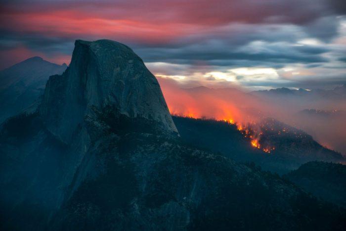 Meadow Fire, meadow wildfire, meadow fire photos, photos of meadow fire, apocalyptic photo of yosemite national park wildfire, Yosemite National Park Wildfire, natural disasters, fire, meadow fire, timelapse video, yosemite
