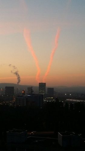 prime tower, prime toers zurich, prime tower chemtrails, zurich chemtrail september 2014, chemtrail zurich september 2014, The devil lives in the Prime Tower (highest building in Switzerland). Photo: 20min