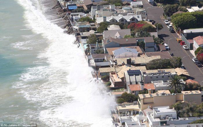 Giant Waves Malibu Photo Video Coastal Erosion
