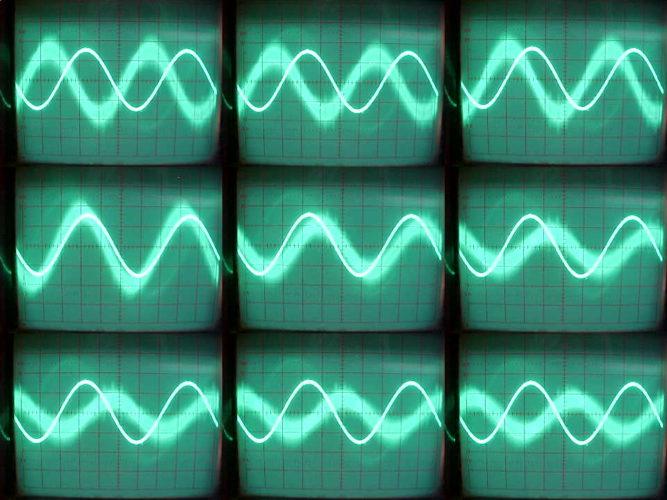 kokomo hum, The Kokomo Hum Investigation, investigating the kokomo hum, hum in kokomo indiana, indiana kokomo hum, The kokomo hum, kokomo humming sound, strange sounds in kokomo, the hum in kokomo indiana, Sound waves on oscilloscope., Sound waves on oscilloscope. Investigating the kokomo hum in Indiana