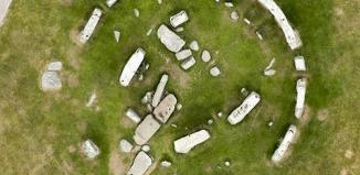 stonehenge, stonehenge photo, stonehenge mystery, stonehenge mystery solved, stonehenge mystery circle, stonehenge mystery solved, stonehenge mystery solved: it was built in a circle, Stonehenge was built in a circle! Photo: Snapper Media