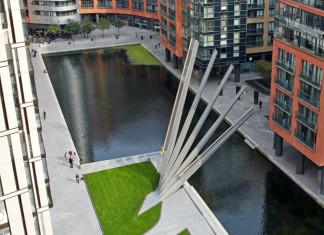 Movable Merchant Square Footbridge, footbridge paddington, newest movable Merchant Square footbridge, paddington footbridge, A picture of London's newest movable Merchant Square footbridge in Paddington, newest movable Merchant Square footbridge in Paddington.