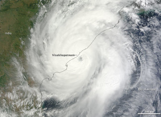 Tropical Cyclone Hudhud, hudhud kills 4 in nepal, 4 hikers killed in Nepal, blizzard kills 4 in Nepal, hudhud blizzard kills 4 in Nepal