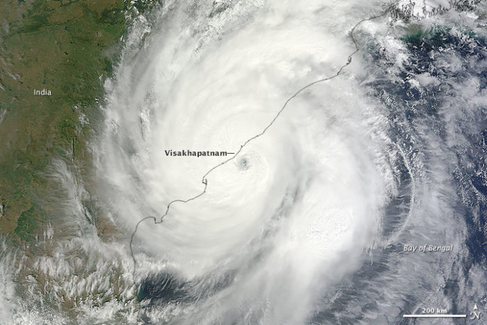 Tropical Cyclone Hudhud, hudhud kills 4 in nepal, 4 hikers killed in Nepal, blizzard kills 4 in Nepal, hudhud blizzard kills 4 in Nepal