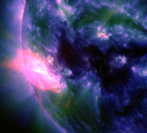 space weather, solar flare, X1-CLASS SOLAR FLARE october 19 2014, solar storm, solar explosion, solar flare october 19 2014, space weather news, aurora photo