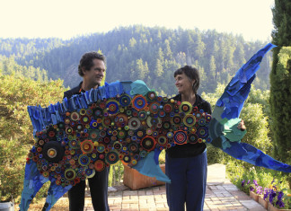 ecological art, plastic art, art from collected plastic on beach, lang make art work from plastic collected on beach, one plastic beach, plastic pollution awareness art, plastic pollution art, Amazing ecological art made with plastic collected on a beach in Northern California by Lang