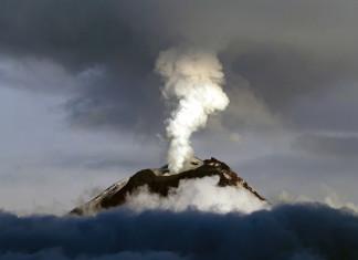 volcano season, volcanic eruption season, volcano seasonis there a volcano season, what creates volcano eruption, link between volcanic eruption and climate change, climate change vs volcanic eruption