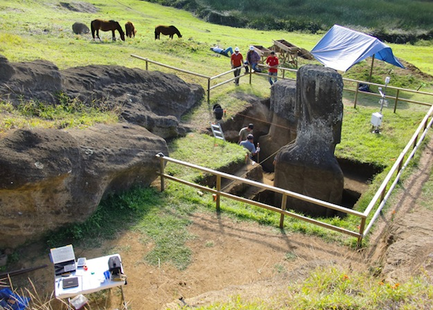 Moai, Moai statues easter island, Moai stone heads statues easter island, Easter Island stone heads buried bodies, The mysterious Earter Island's stone heads have bodies buried in the ground., Easter Island stone heads, Easter Island stone statues, statues on easter island, stone heads easter island, easter island stone sculptures, monolithic statues of Easter Island, Moai, Moai statues, Moai statues easter island, Just the heads of these mysterious sculptures are lurking out of the ground., And what we see is just the tip of the iceberg., Stairs? Where do they lead? To an underground unknown world?