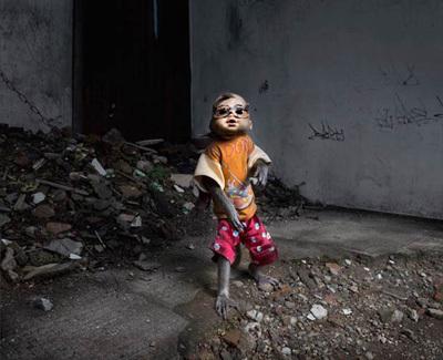 Kampung Monyet, the Masked Monkey Slum of Jakarta, Kampung Monyet, Masked Monkey show,  Jakarta, Kampung Monyet - Masked Monkey show - Jakarta, masked monkey indonesia, masked monkey jakarta, masked monkey sho jakarta, masked monkey show indonesia,