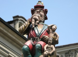Child Eater, Child Eater fountain, Kindlifresserbrunnen, Kindlifresser, Child Eater, Kindlifresser or the child eater fontain in Bern. Terrifying!, terrifying fountain bern switzerland, chindlifresser or child eater fountain bern
