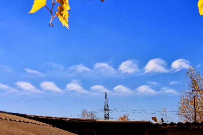 Kelvin–Helmholtz Instability over Kharkiv, Ukraine. Photo:  Igor Kibalchich, kevin-helmholtz instability, kevin-helmholtz instability photo, kevin-helmholtz instability clouds, kevin-helmholtz instability cloud photo, pictures of kevin-helmholtz instability