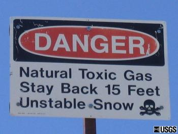 warning sign lake horseshoe mammoth mountain, lake horseshoe hazard, lake horseshoe natural gas hazard, hazmat at lake horseshoe