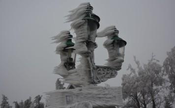 Rare Ice Storm Engulfs Parts Of Austria, Amazing pictures of ice storm in austria 2014, ice storm, ice storm video, ice storm pics, ice storm austria pics, eissturm oestereich, eissturm bilder oesterreich