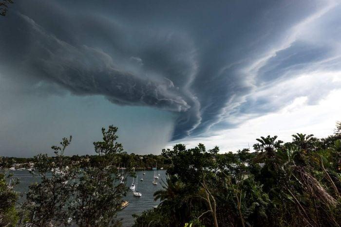 storm pics, best storm pics, best australia storm pics 2014, best australia storm pics dec 2014, december 2014 sydney storm pics, sydney storm pics and video december 2014