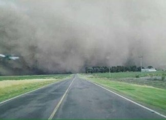 tornado arrecifes, tornado arrecifes video, tornado arrecifes dec 2014 video, tornado arrecifes bueno aires argentina, tornado arrecifes bueno aires argentina video, tornado arrecifes bueno aires argentina video december 2014, dust storm and tornado in Argentina, tornade argentine december 2014, tornade arrecifes argentine 2014, tornado news, tornado demcember 2014, tornado bueno aires december 2014,