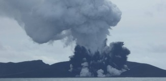 tonga new island, new island tonga, new volcanic island tonga, tonga volcanic eruption video, underwater volcanic eruption tonga video, new island emerges after volcanic eruption in Tonga january 2015, new island tonga january 2015, Tonga volcanic eruption creates new island,