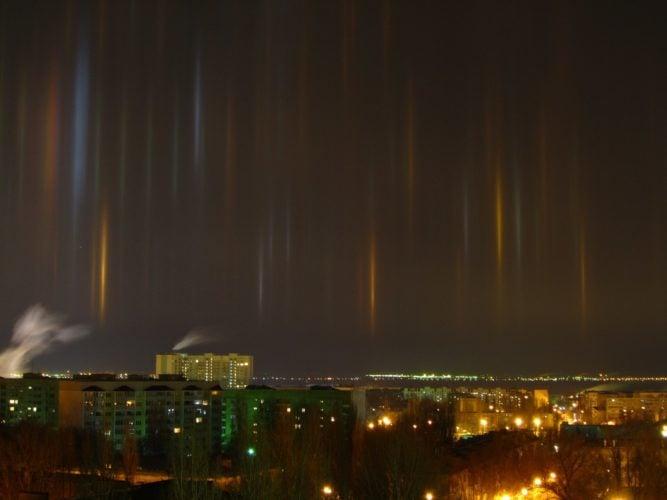 best light pillars picture, light pillars 2015, light pillars 2015 picture, light pillar best picture, best pillars of light photo 2015, best light pillar image 2015