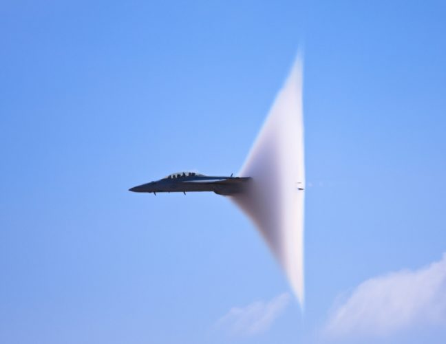 f18 hornet sonic boom picture, loud booms  Riverview Florida january 2015, sonic boom  Riverview Florida january 2015, MacDill Air Force Base booms january 2015, loud booms florida january 2015, army exercises at MacDill Air Force Base booms january 2015, MacDill Air Force Base sonic booms january 2015, us army training loud booms florida january 2015, loud booms florida january 2015, loud booms
