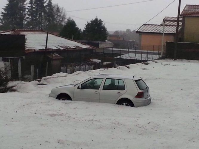 hailstorm catania 2015, pictures, hailstorm catania 2015 photos, hailstorm catania 2015 video, hailstorm catania january 2015, hailstomr 2015, hailstorm photos 2015, hailstorm january 2015, apocalyptic hailstorm, hailstorm italy jan 2015, haistorm january 2015 video, storm catania january 2015