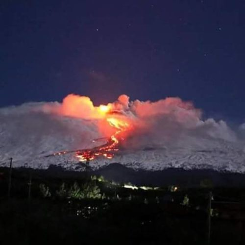 etna eruption 2015, etna eruption snow picture, etna eruption february 2015 snow, Eerie Nocturnal Etna Eruption In Snow, etna eruption snow photo, etna eruption snow photo february 2o15, etna volcano eruption snow picture, explosive etna eruption february 2015