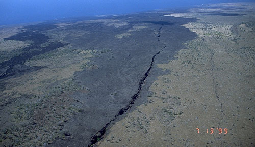 ground crack kilauea eruption 2015, ground crack kilauea 2015, ground crack kilauea, ground crack kilauea volcano, ground crack kilauea eruption, ground crack kilauea 2015, ground crack kilauea volcano hawaii 2015, Ground cracks appear at active vents during the ongouing Kilauea volcano eruption 2014-2015