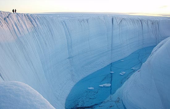 lake disappears in greenland and reappears in canada