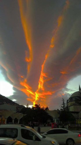 strange clouds, weird cloud, amazing cloud, odd cloud formation, cloud picture, amazing cloud picture, sky phenomenon