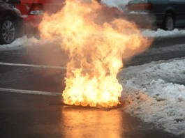 underground explosion manhole february 2015, underground explosion 2015, underground explosion increases, underground explosion february 2015, underground explosion manhole brooklyn, Underground explosion manhole in Brooklyn on February 2, 2015. Photo by TODD MAISEL