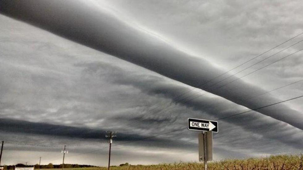 Rouleau nuages et asperatus Nuages augusta et caroline du sud 30 mars 2015, le roulis et asperatus Nuages augusta et caroline du sud 30 mars 2015, asperatus unduléatus et de roulis nuages augusta Virginie et la Caroline photos sud, photo étonnante août nuages, Virgina et la formation des nuages étrange nc 30 mars 2015, rouleaux nuages augusta mars 2015, nuage d'onde août et nc mars 2015
