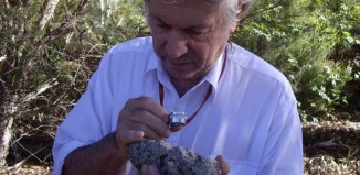 meteorite crater australia, largest meteorite crater australia outback, largest meteorite impact crater found in Australia outback, largest impact crater found in Australia outback