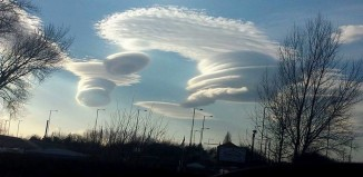 lenticular cloud wirral and ellesmere port, lenticular clouds uk, ufo clouds uk march 2015, march 2015 lenticular clouds, ufo clouds uk march 2015,