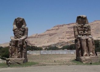 The Vocal Memnon, The Vocal Memnon: the statues that speak, speaking statues The Vocal Memnon, The Vocal Memnon speaking statues, The Vocal Memnon ancient egyptian statue speak, mysterious sound of ancient egypt, mysterious Vocal Memnon, the mysterious Vocal Memnon