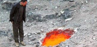 burning sinkhole china fire sinkhole china, sinkhole on fire china, china sinkhole on fire, fire in sinkhole china