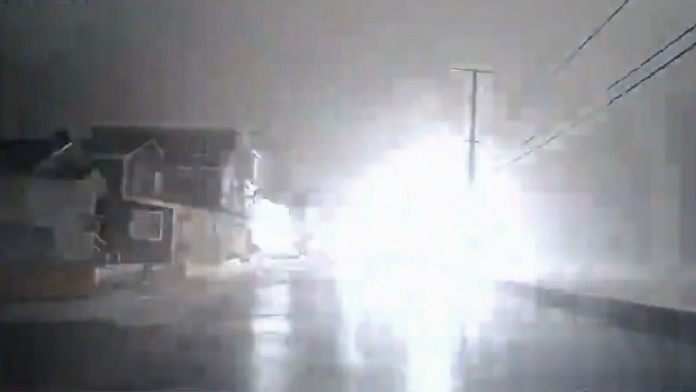 giant waves transformer explosion, wells explosion video, giant wave transformer explosion video, giant waves creates explosion video, video of giant explosion during New englnd storm, New england storm transformer explosion video, maine transformer explosion, maine loud noise video