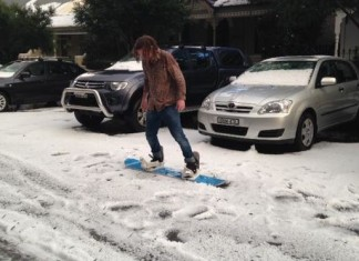 hailstorm sydney NSW april 25 2015, hailstorm sydney NSW april 2015video, hailstorm sydney NSW april 2015 photo, hailstorm sydney NSW april 2015 picture, hailstorm sydney NSW april 2015 videos, freak hailstorm sydney, sydney hailstorm apocalypse photo and videos