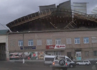 russia wind roof, wind roof sky, extreme winds russia, russia winds video