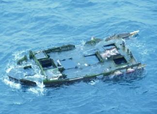 shipwreck off Oregon coast contain live fish from Japan tsunami, live fish from japan tsunami found off oregon, oregon shipwreck japan tsunami, japan tsunami shipwreck april 2015 , shipwreck oregon japan tsunami april 2015