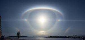 sun halo finland, best sun halo picture, amazing sun halo picture, sun halo picture, eye in sky sun halo, this halo looks like an eye in the sky, amazing eye in the sky halo pic, picture of sun halo having form of eye