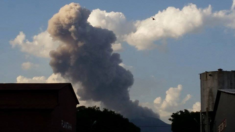 Telica volcano explosion may 2015, Telica volcano earthquake and explosion may 2015, Telica volcano eruption may 2015Telica volcano activity may 2015volcanic activity may 2015, volcano activity guatemala may 2015