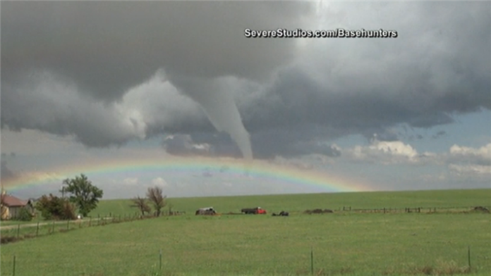 rainbow tornado colorado, rainbow tornado colorado may 2015, rainbow tornado colorado photo, rainbow tornado colorado video, rainbow tornado colorado photo video, rainbow tornado colorado photo video may 2015