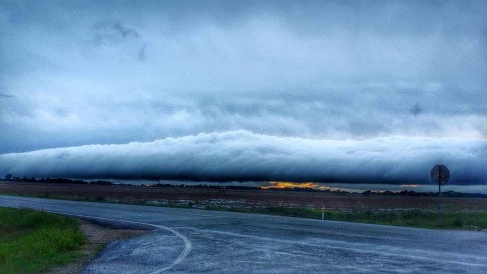 roll cloud kansas may 25 2015, lenticular clouds texas, lenticular clouds texas may 2015, lenticular clouds texas photo, lenticular clouds texas may 2015 photo, picture of lenticular clouds texas may 2015
