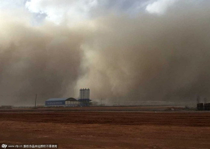 sandstorm mongolia may 2015, sandstorm mongolia may 2015 photos, sandstorm mongolia may 2015 video, sandstorm mongolia may 2015 photos and video, extreme sandstorm mongolia may 2015 photo, giant wall of sand engulfs mongolia, sandstorm mongolia may 2015 photos, sandstorm mongolia may 2015 video, sandstorm mongolia may 2015 photos and video